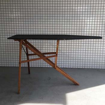 OC18 Ant Iron Table